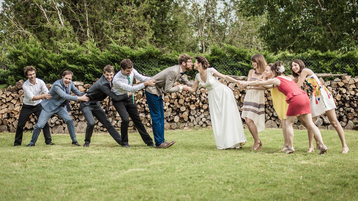 Photos de groupe sur un mariage avec un photographe professionnel à Montauban