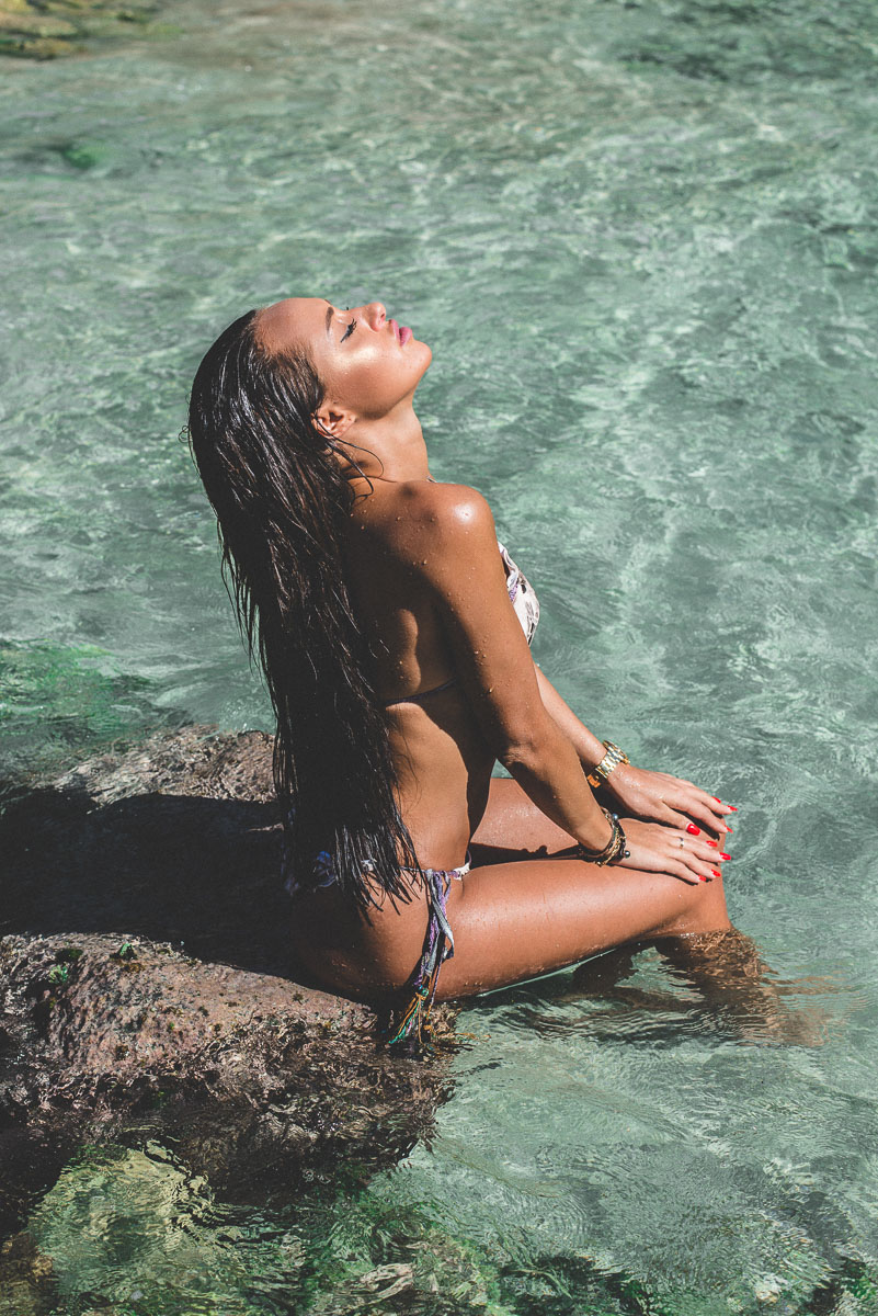 Photos de mode à St Barth avec Stephy Scolaro.